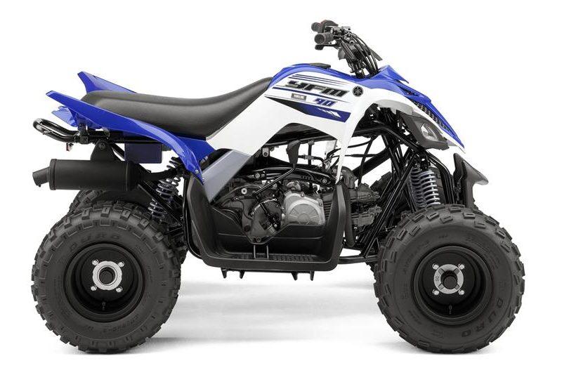 2016-yamaha-yfm90-eu-racing-blue-studio-002